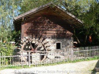 arnbruck-glasdorf-weinfurtner-historische-bauwerke-wasserrad