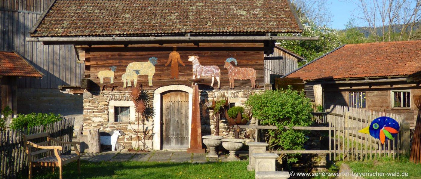 ausflugsziele-bayerischer-wald-freizeitangebote-arnbruck-glasdorf-hütte