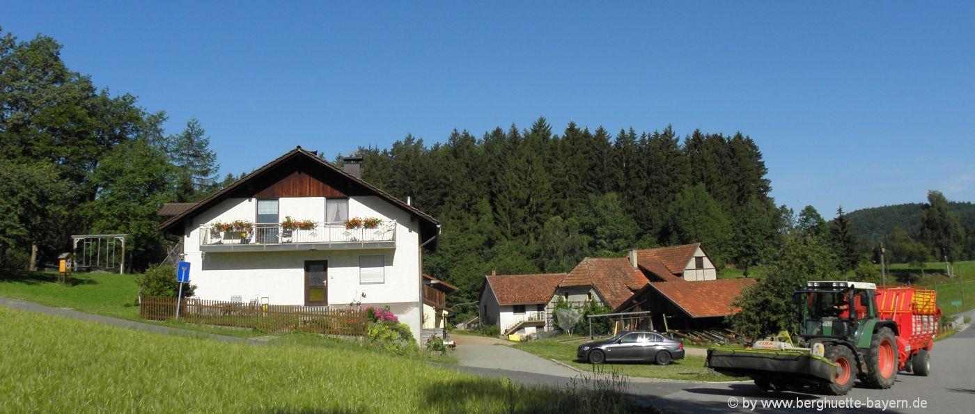 bauernhof-selbstversorgerhaus-bayern-familienurlaub