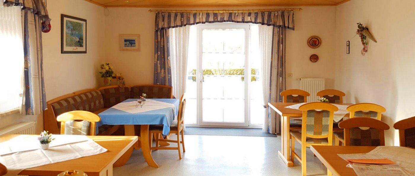 beer-gästehaus-oberpfälzer-wald-pension-frühstück-speisesaal