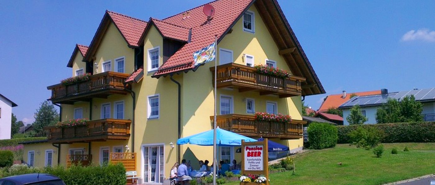 beer-zimmer-oberpfälzer-wald-pension-tirschenreut-ferienhaus-ansicht