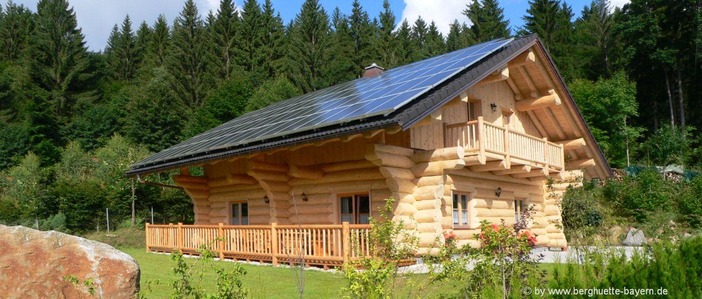 berghütten-bayern-ferienhütten-bayerischer-wald-blockhaus-urlaub