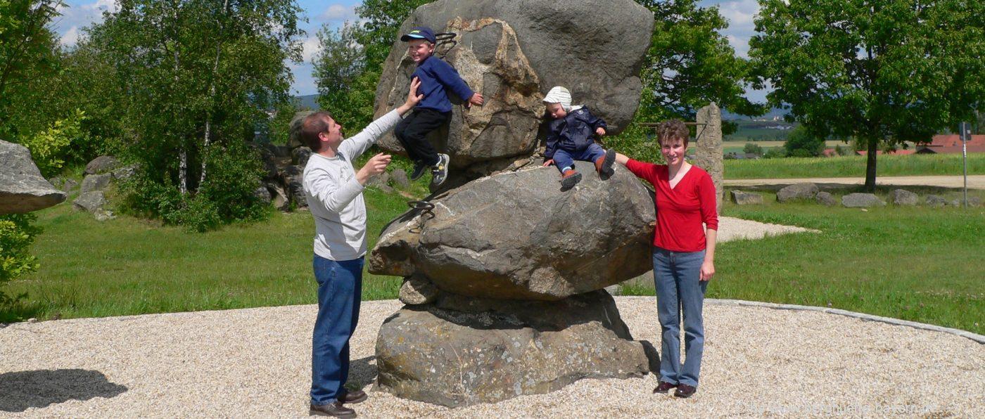 familienurlaub-niederbayern-kinder-spielplatz-bayerischer-wald