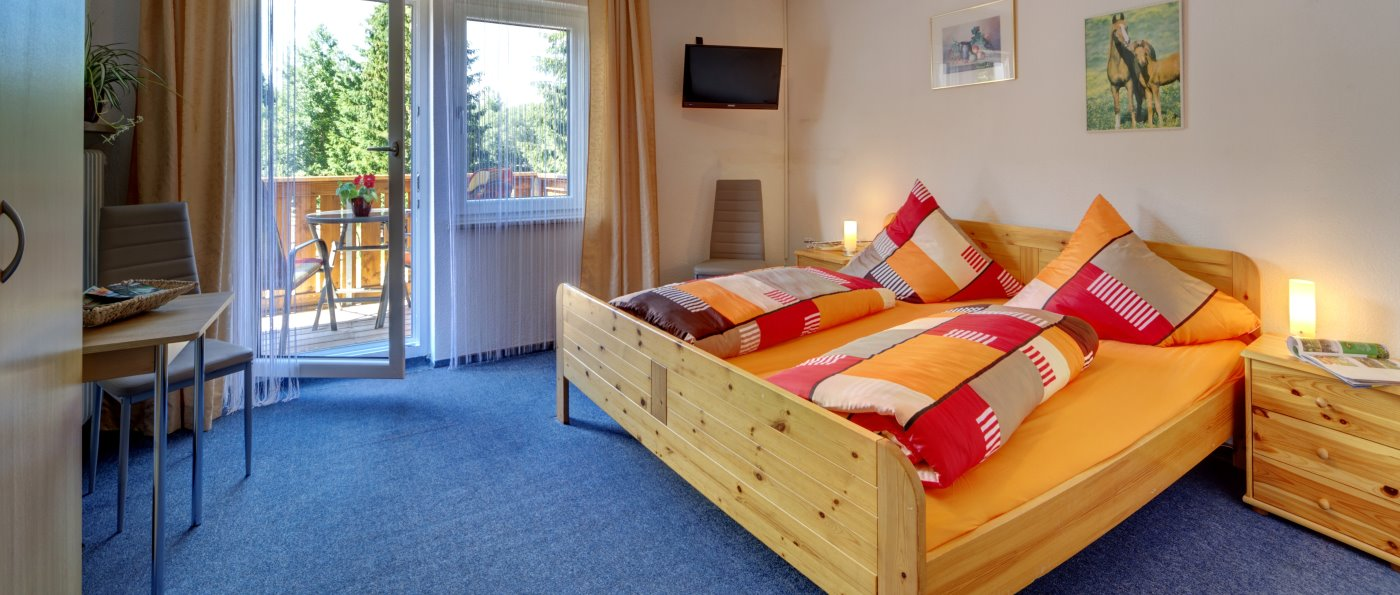 fohlenhof-familienpension-ponyhof-bayern-zimmer-übernachtung