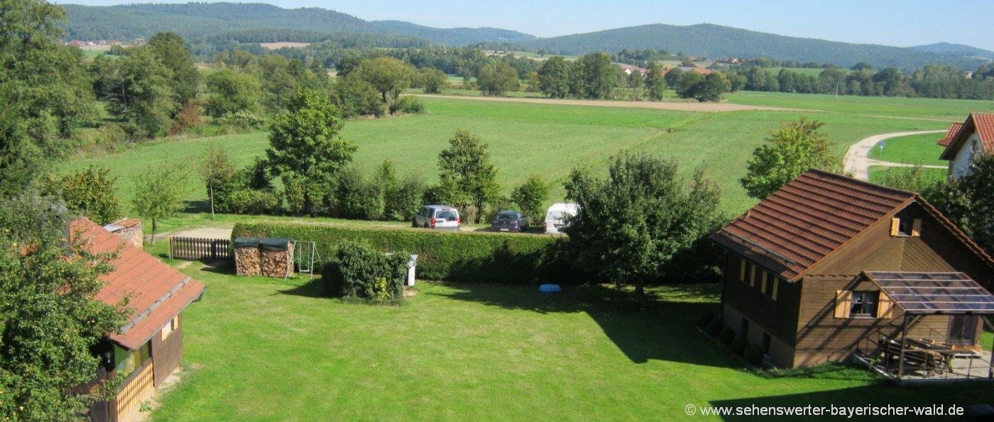 götz-holzhaus-urlaub-oberpfalz-holzferienhaus-mieten-ansicht-aussen