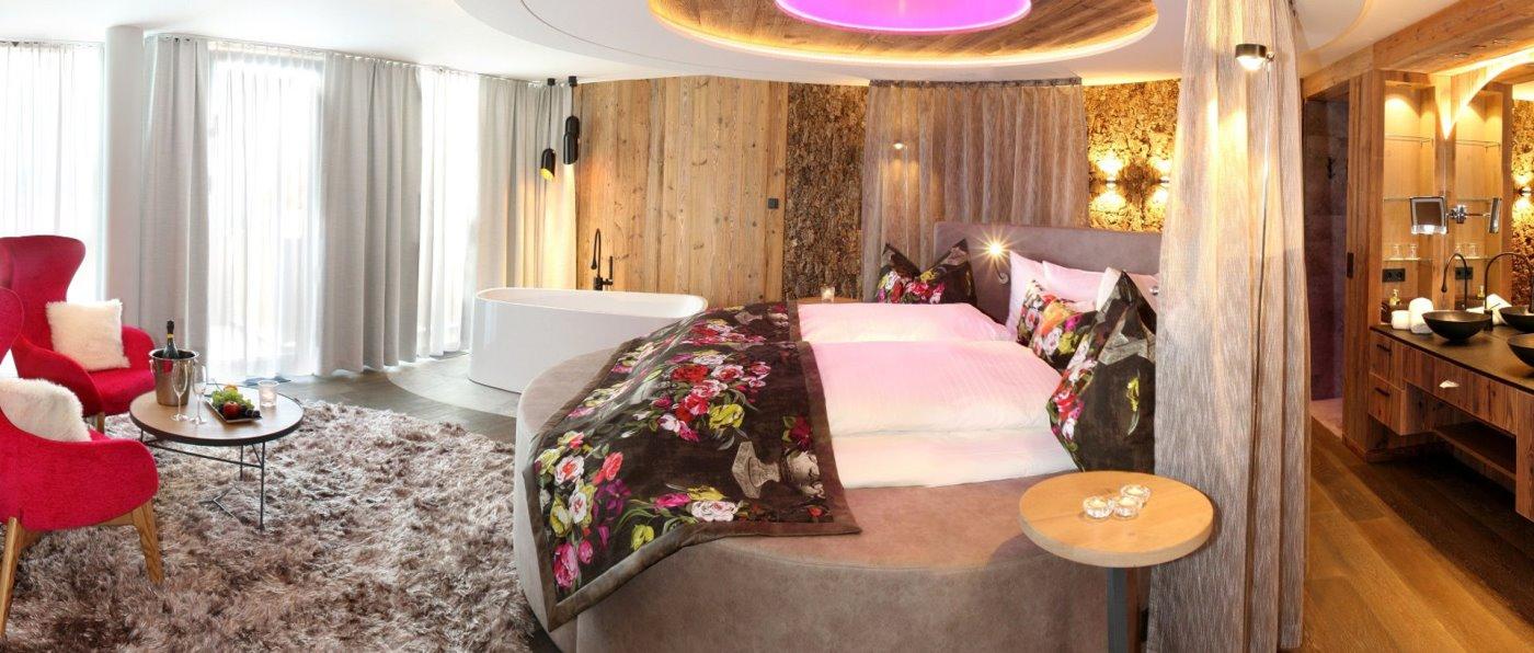 hüttenhof-wellnesshotel-bayerischer-wald-romantikhotel-zimmer-suiten