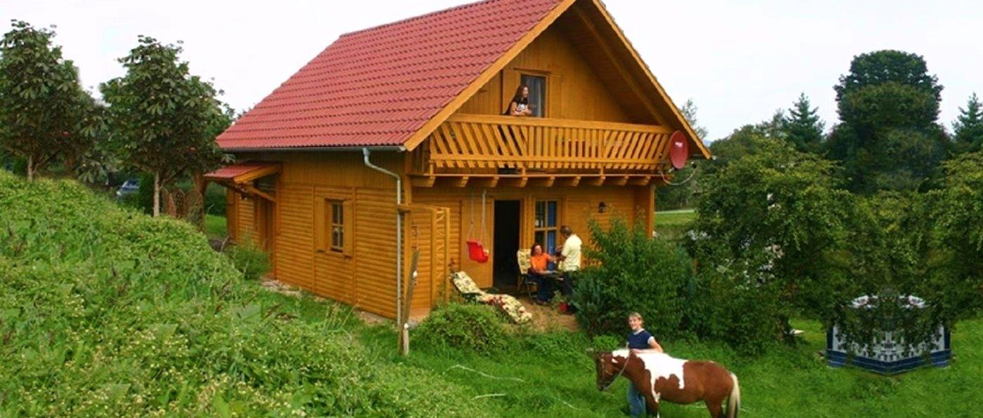 kollerhof-oberpfalz-reiterhof-ferienhaus-bayern-aussenansicht