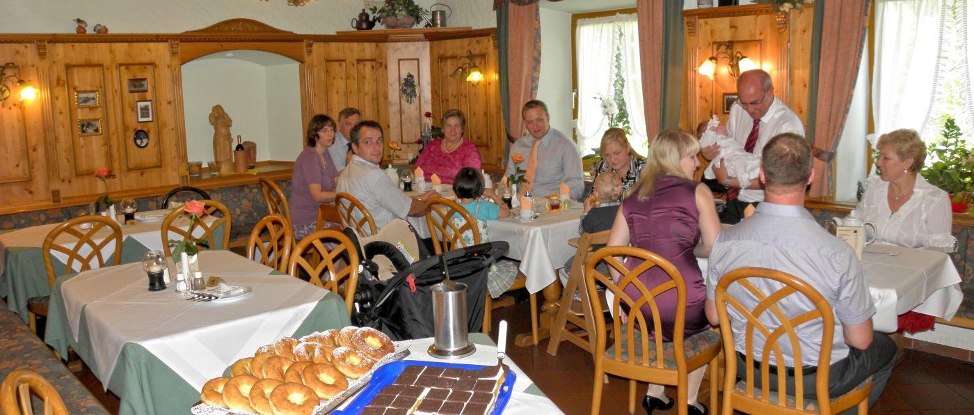 lindenhof-tagungsraum-regensburg-meetingraum-gruppenreisen-hotel