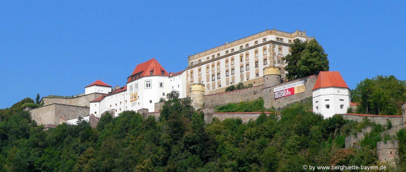 niederbayern-ausflugsziele-gruppenhaus-urlaub-passau-burg