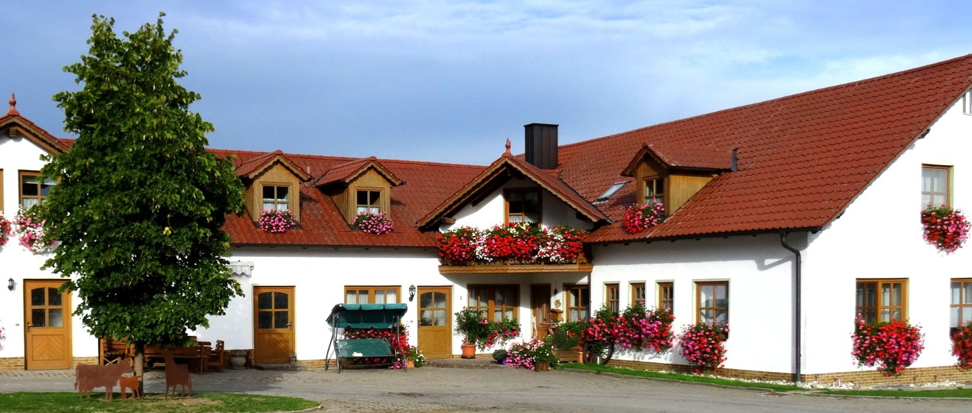 nissl-oberpfalz-urlaub-ponyhof-bayern-ferienwohnungen