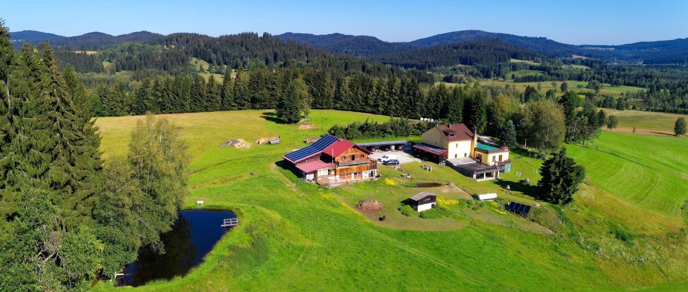 runenhof-gruppenhaus-dreiländereck-bayerischer-wald-halbpension-bauernhof-alleinlage