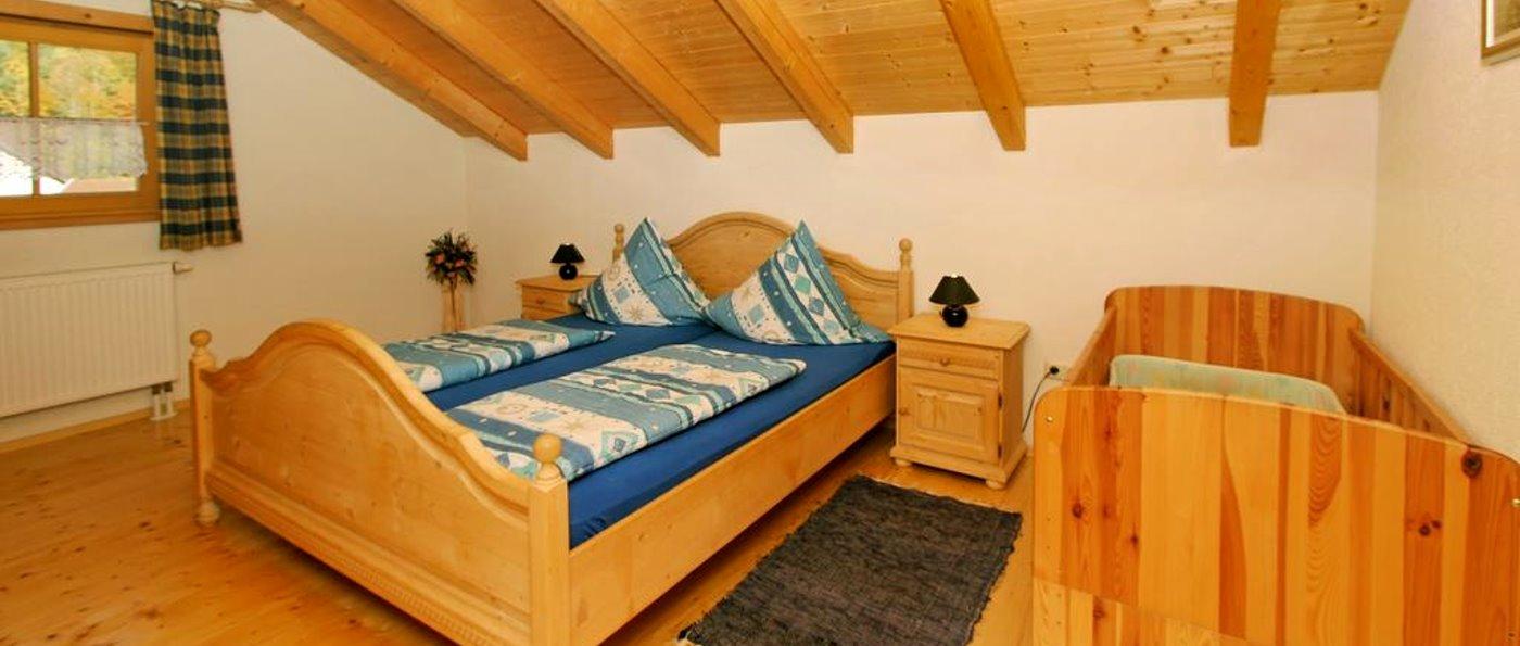 schachtenbach-arber-gruppenunterkunft-bayerisch-eisenstein-schlafzimmer