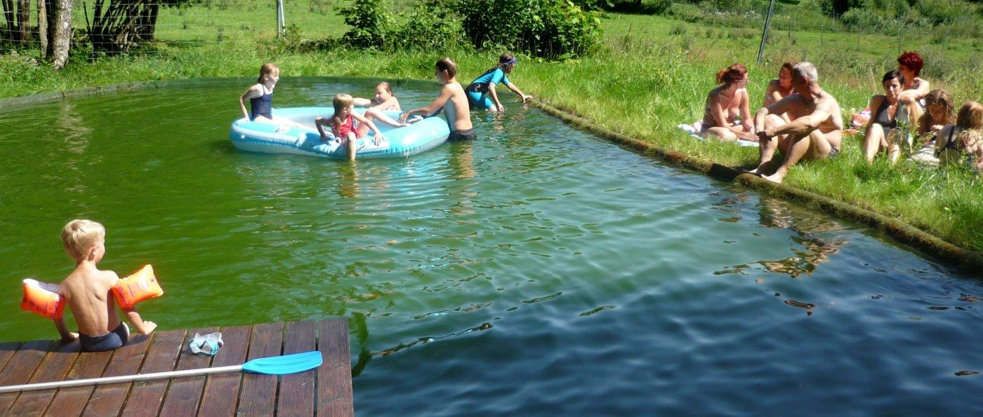 Wellnessurlaub am Bauernhof mit Naturbadesee